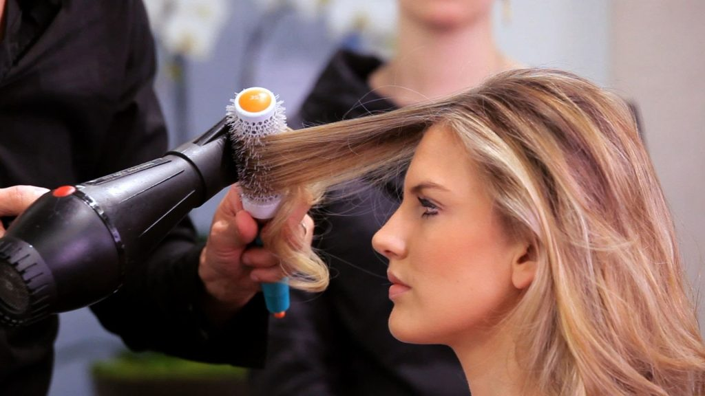 blow-dry-fine-hair