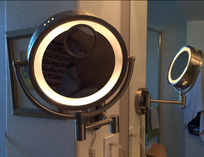 Best Lighted Makeup Mirror The Vanity Mirror That Every Girl Wants